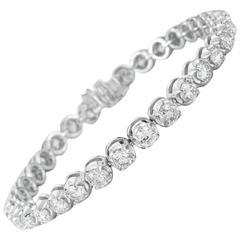 Remarkable Diamond white gold Tennis Bracelet