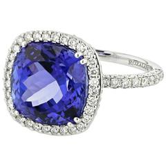 Ring White Gold 18 Karat 9.00g Tanzanite 9.25 Carat White Diamonds 1.65 Carat