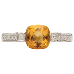 Lovely Citrine and White Gold Ring