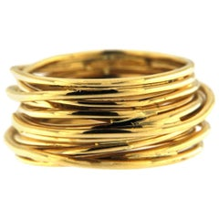 Jona 18 Karat Yellow Gold Spaghetti Ring Band