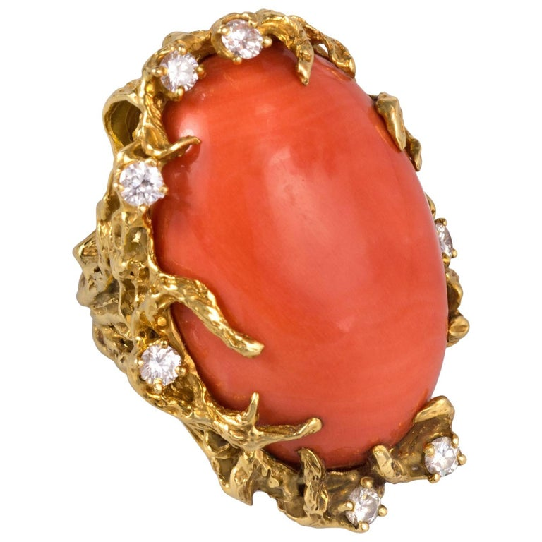 1970s Arthur King Coral, Diamond and Gold Cocktail Ring For Sale