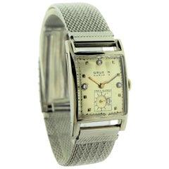 Gruen Solid White Gold Gabled Crystal Curvex Art Deco Wristwatch