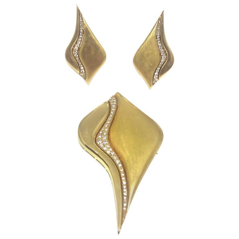 1970s Bulgari Diamond Gold Pin Earrings Set