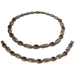 Cabochon Ruby Gold Necklace and Bracelet Set
