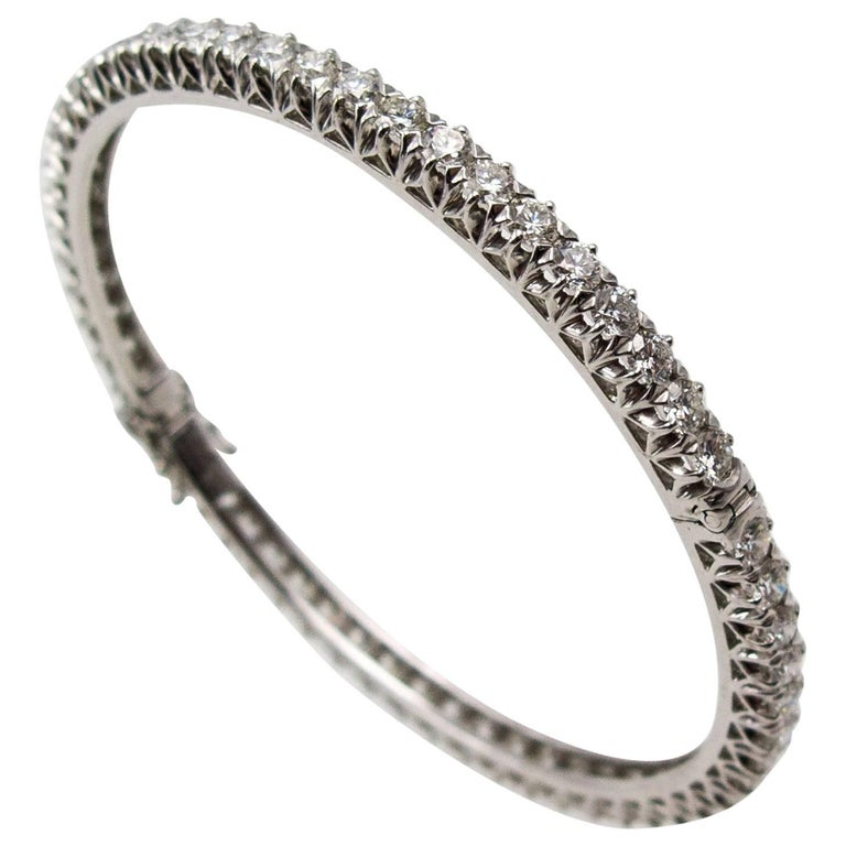 White Gold Diamond Hinged Bangle Bracelet
