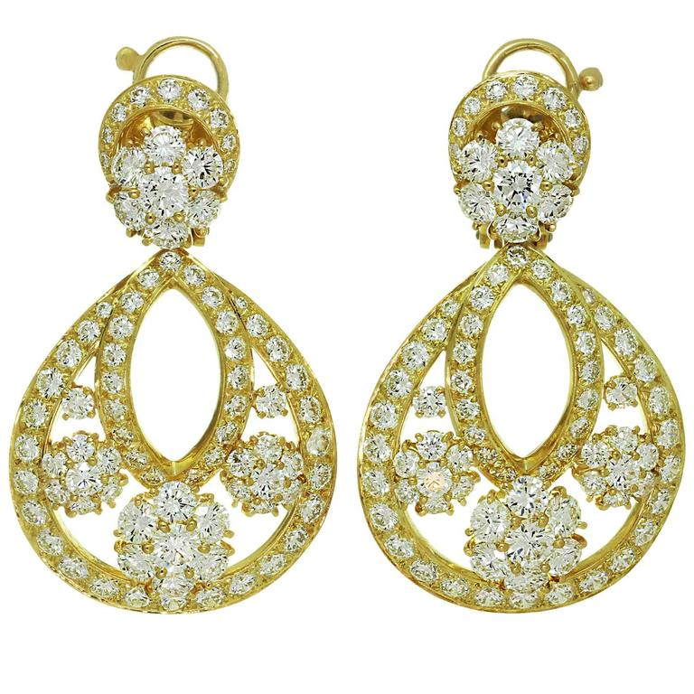 Van Cleef & Arpels Snowflake Diamond Yellow Gold Clip-On Drop Earrings 1