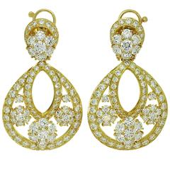 Van Cleef & Arpels Snowflake Diamond Yellow Gold Clip-On Drop Earrings