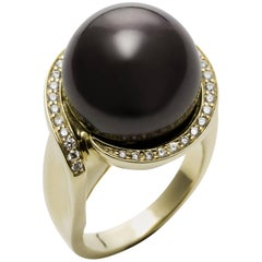Tahitian Black South Sea Pearl White Diamond Yellow Gold Cocktail Ring