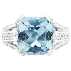 Exceptional 4.55 Carat Aquamarine Custom Platinum Ring