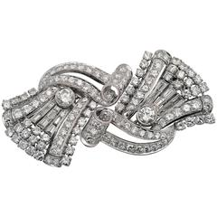 1930s French Art Deco Double Clip Diamonds and Baguettes Platinum Brooch