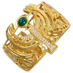 "1980s Cabochon Emerald Diamond Gold ""Egyptian"" Motif Cuff Bracelet"