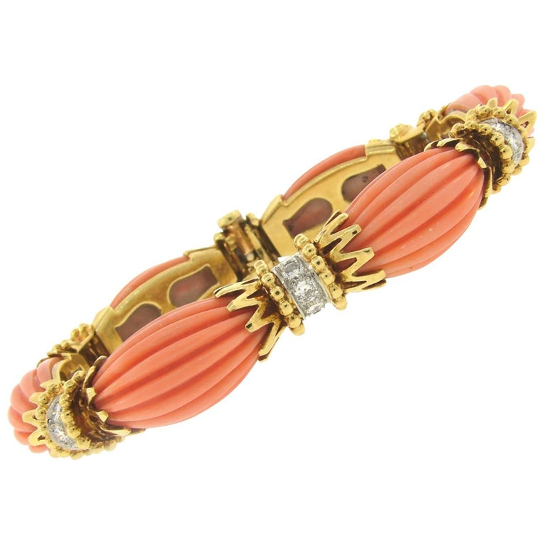 Vintage Van Cleef & Arpels Coral Diamond Yellow Gold Bracelet 1