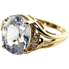 Glittering Sapphire Ring