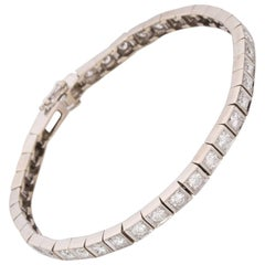 18 Karat White Gold Diamond Line Bracelet