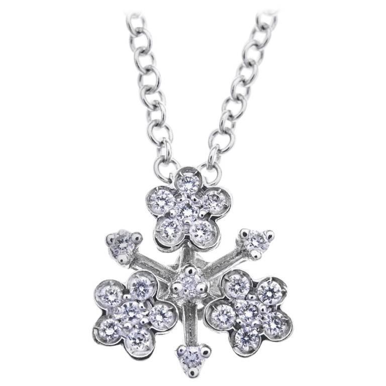 Pasquale Bruni Diamond Set Floral Cluster Pendant White Gold Necklace