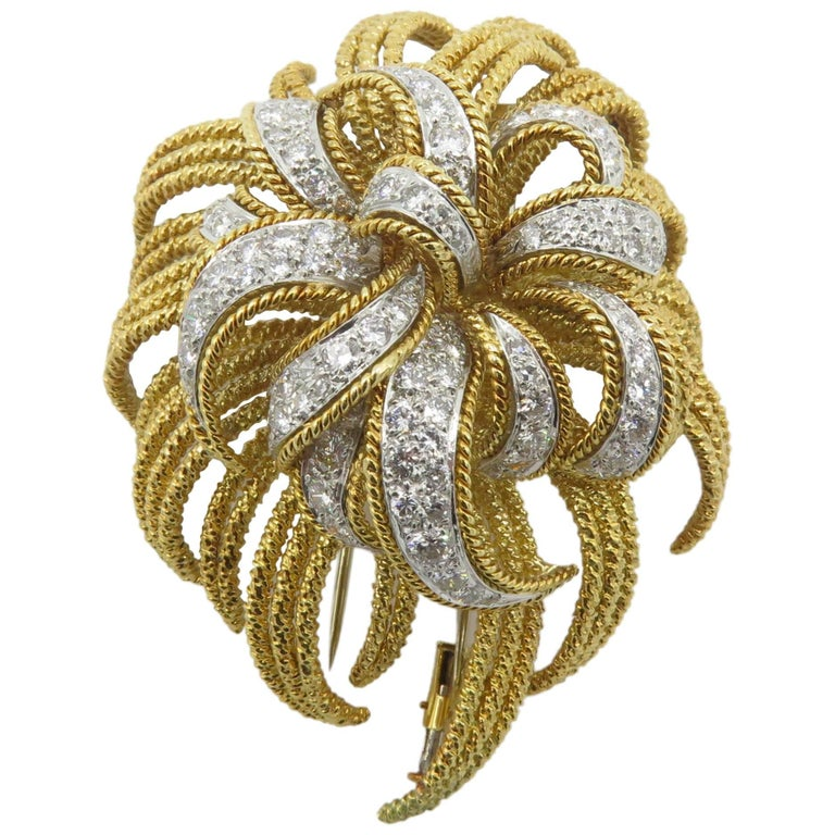David Webb Diamond Gold Platinum Flower Brooch