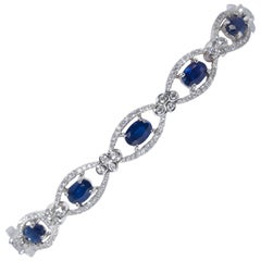 Oval Sapphire Shape and Diamonds Bracelet