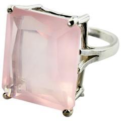 Slendid Rose Quartz Ring