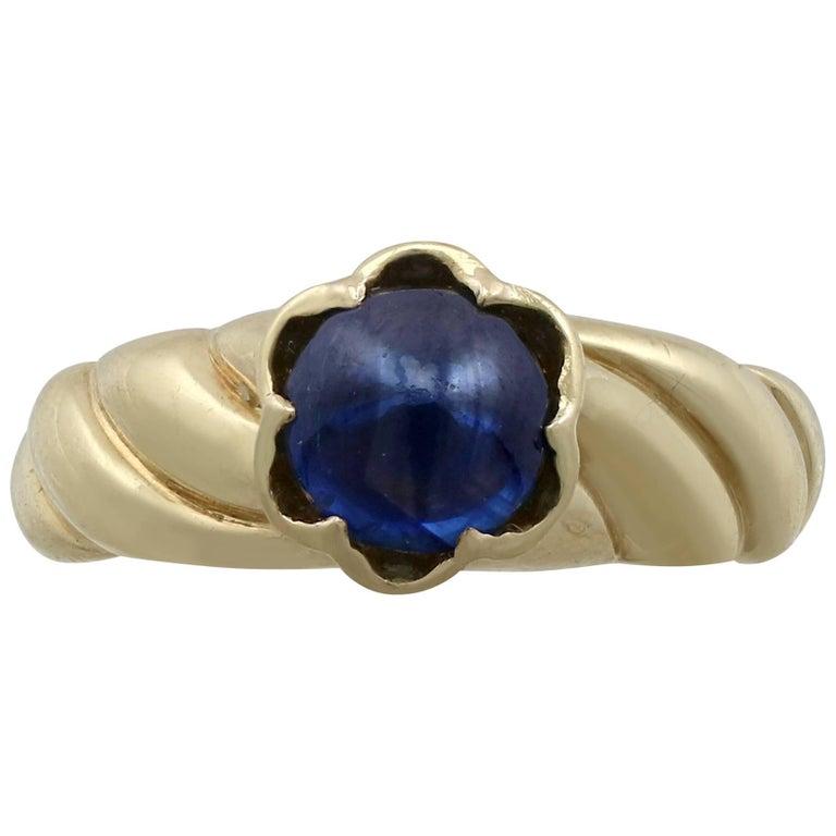1980s 1.22 Carat Sapphire Yellow Gold Dress Ring