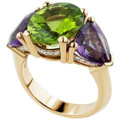 5.32 Carat Peridot and Diamond Rose Gold Three-Stone Ring