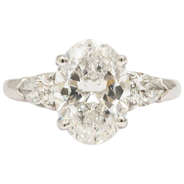 Exceptional 3 25 Carat Oval Diamond Ring For Sale at 1stdibs