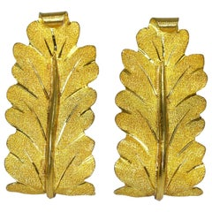 Buccellati Textured Gold Leaf Earclips