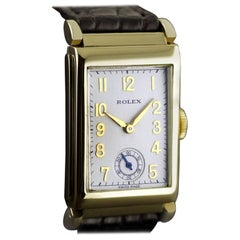 Rolex Yellow Gold Art Deco Articulated Lugs Chronometre Wristwatch, 1937