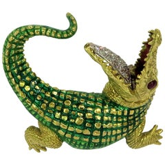 Incredibly Detailed Diamond Ruby Enamel Gold Alligator Pin