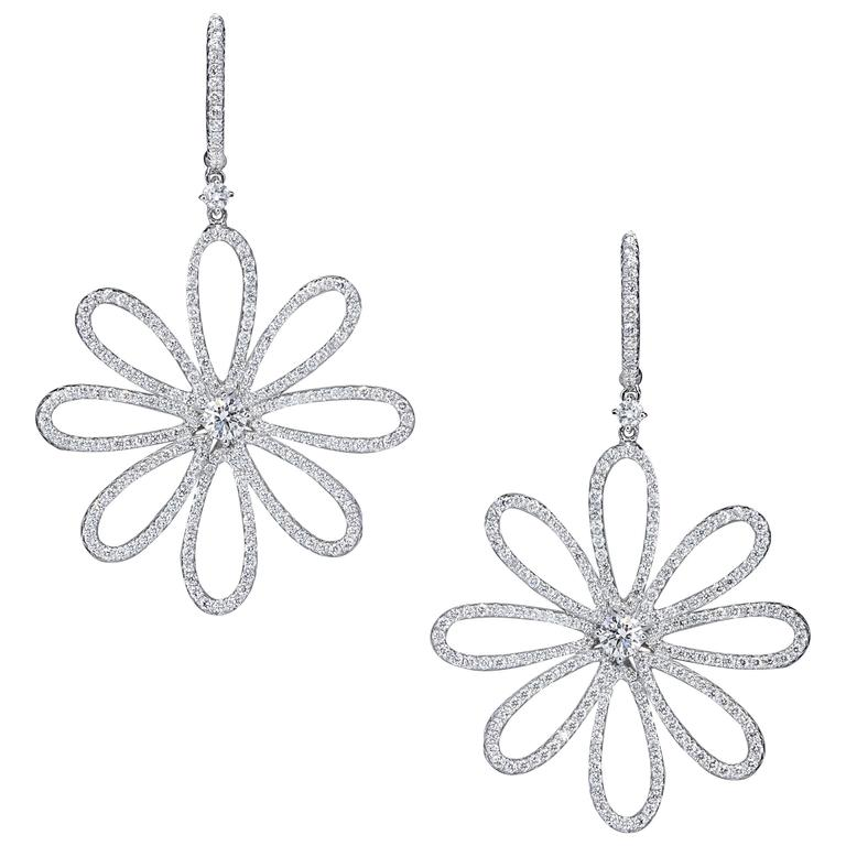 Gorgeous Diamond Flower Dangle Earrings For