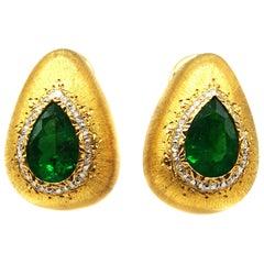 Mario Buccellati Columbian Emerald Gold Ear Clips