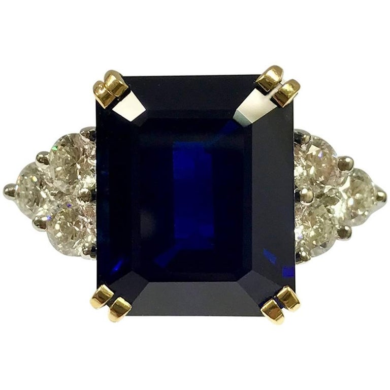 Ceylon Sapphire Diamonds White and Yellow Gold Ring 1