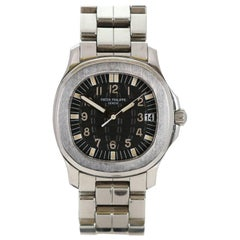 Patek Philippe Stainless Steel Aquanaut Automatic Wristwatch Ref 5066/001A