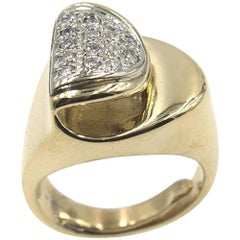 Retro Diamond Yellow Gold Estate Ring