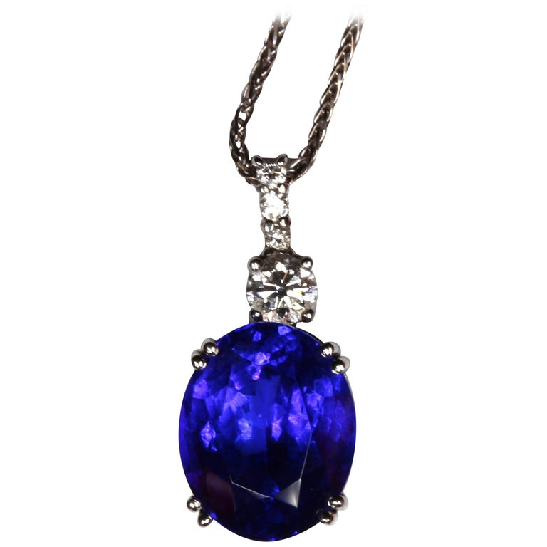 8.63 Carat Oval Tanzanite Diamond Platinum Pendant with 18 Carat Chain