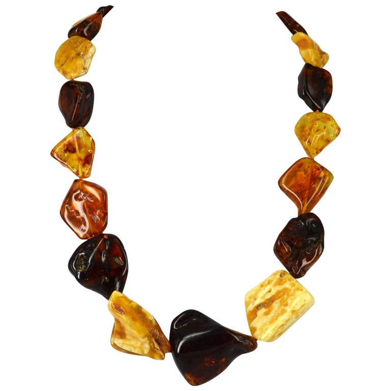 Decadent Jewels Large Natural Graduated Baltic Amber Necklace