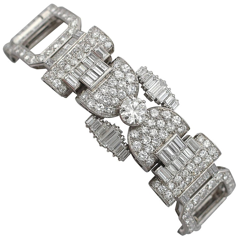 1950s French  21.38 Carat Diamond and Platinum Bracelet For Sale