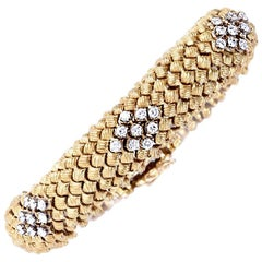 Vintage Diamond Woven Gold Flexible Bracelet