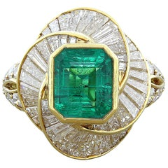Estate Emerald Diamond Gold Ring