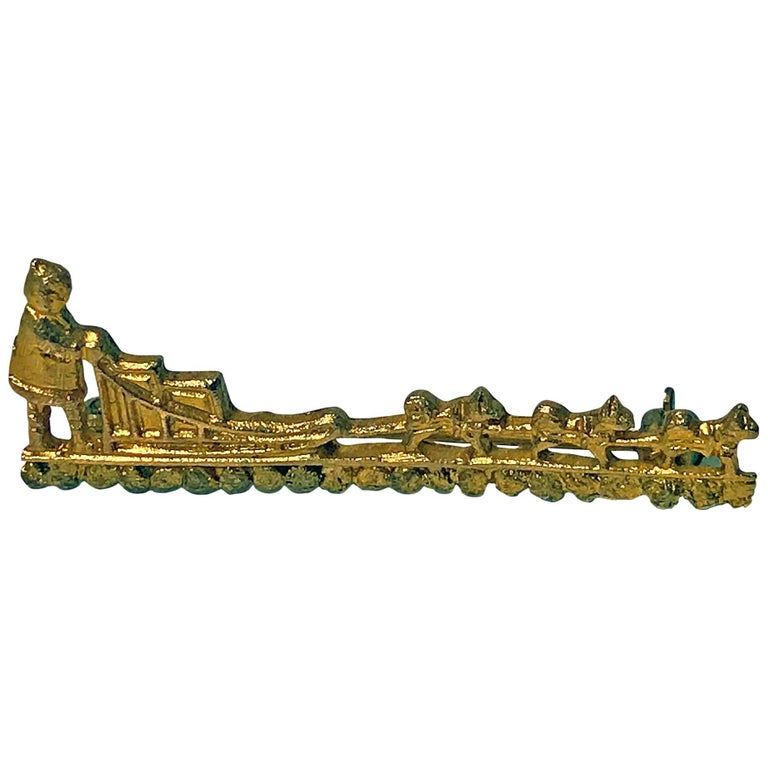 10 Karat Gold Eskimo Driven Dog Sled Brooch Pin, Early 20th Century