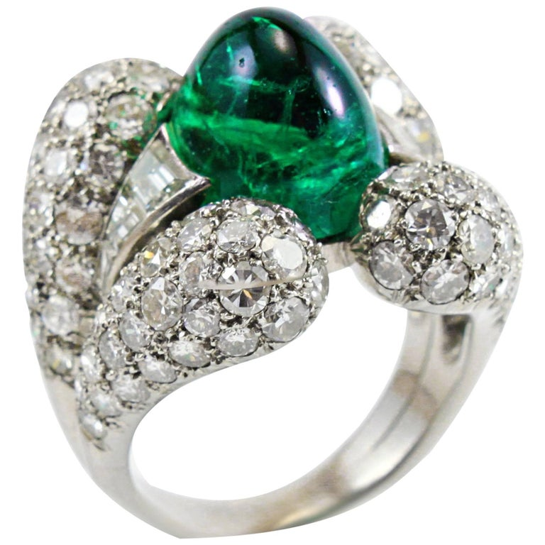 Retro Emerald Cabochon Diamond Ring