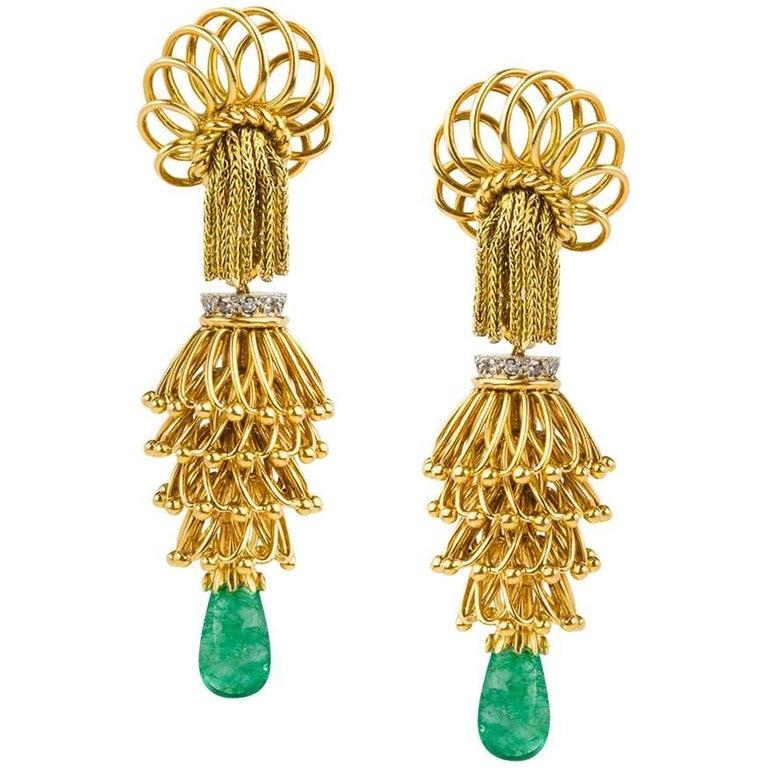 1950s French Emerald Diamond Gold Tassel Earpendants 1