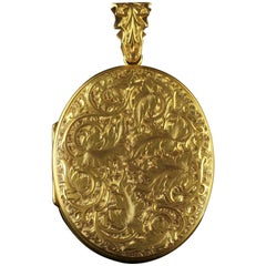 Antique Victorian Large 15 Carat Gold Locket, circa 1900