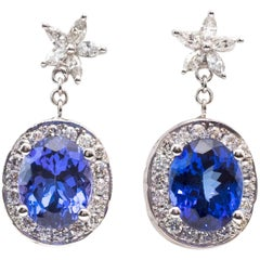 1980s Tanzanite and Diamond 18 Karat White Gold Drop Earrings