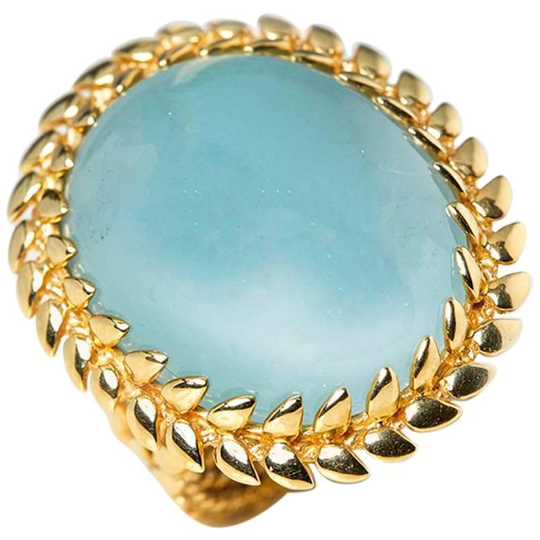 Carla Amorim 18 Karat Yellow Gold Cabochon Aquamarine Cocktail Ring For Sale