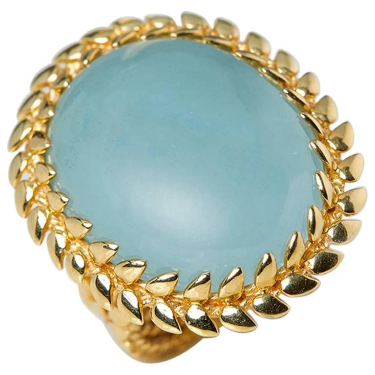 Carla Amorim 18 Karat Yellow Gold Cabochon Aquamarine Ring For Sale