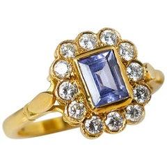 18 Karat Yellow Gold Emerald Cut Tanzanite Diamond Cocktail Ring
