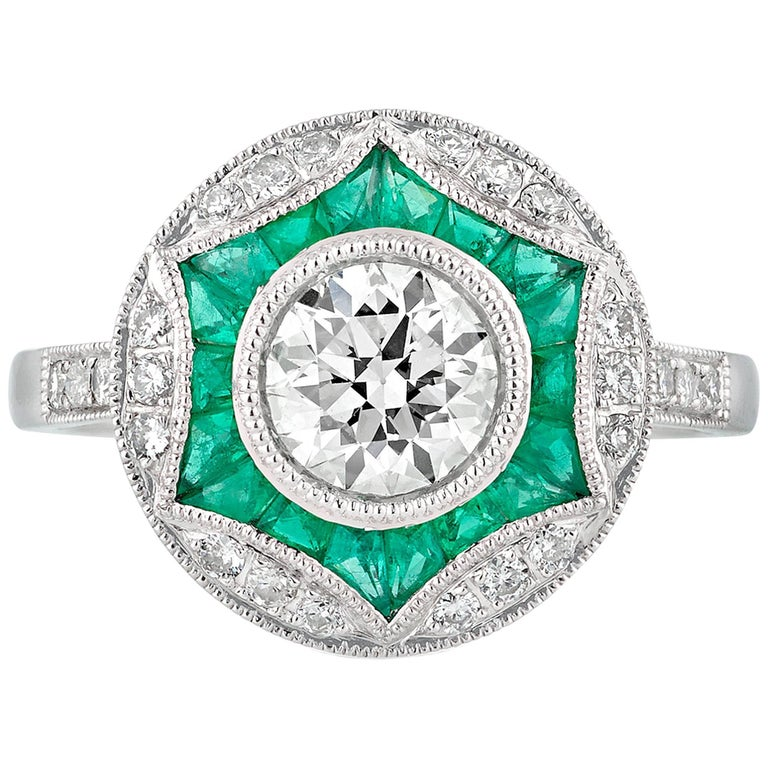 Geometric Circular Emerald Diamond Engagement Ring For Sale