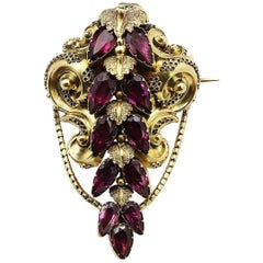 Late 19th Century 21 Karat Gold Garnet Brooch
