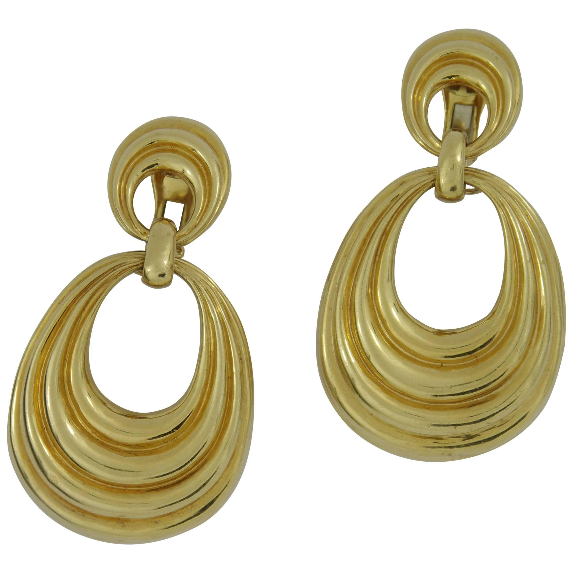 clip oscar renta ball jewelry webb la enlarged earrings on products de david beaded chevron drop