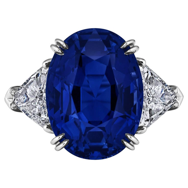 Harry Winston 10.53 Carat Natural Oval Sapphire Diamond Platinum Ring For Sale